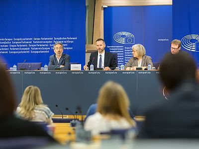 15-06-25 Cdp on Baltic Fisheries Mgmt Plan-10.jpg